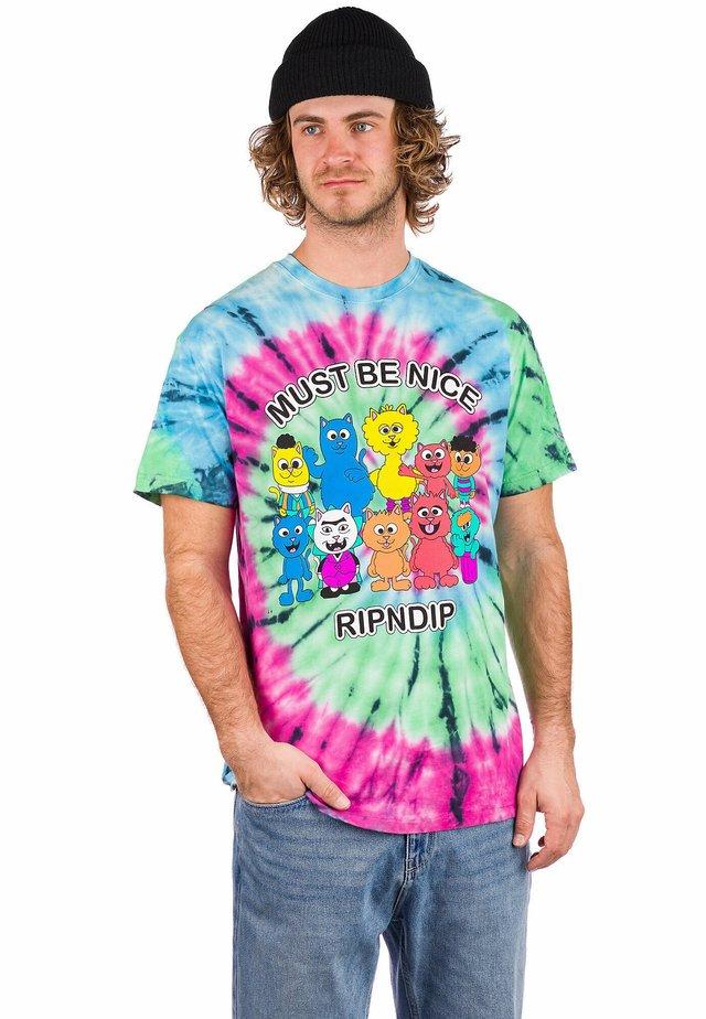 Print T-shirt - spiral dye