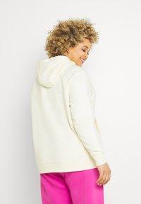 Nike Sportswear - HOODIE PLUS - Sweat à capuche - coconut milk/black - 0