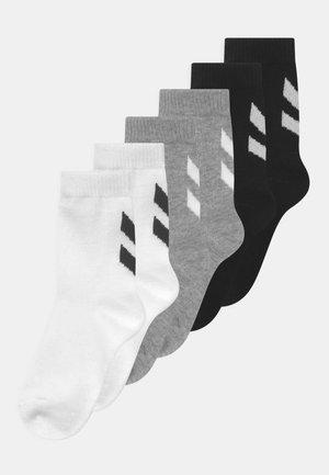 MAKE MY DAY 6 PACK UNISEX - Sports socks - black/white/grey