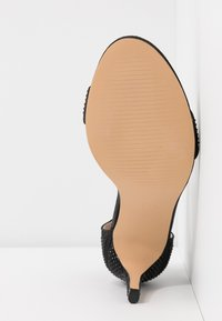 Dorothy Perkins - BESSIE HEATSEAL 2 PART  - Sandals - black - 6