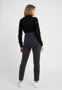 New Look - POCOHONTAS MOM - Relaxed fit jeans - black - 2