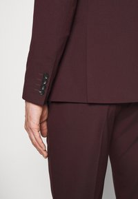 Selected Homme - SLHSLIM-MYLOLOGAN SUIT - Traje - winetasting - 7