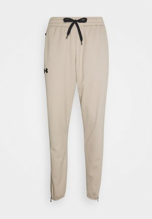 TEXTURED PANTS - Spodnie treningowe - highland buff