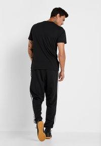 adidas Performance - MANCHESTER UNITED FC TEE - Club wear - black - 2