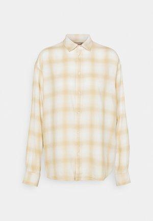 FEATHER PLAID - Button-down blouse - ranch cream