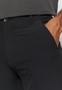 Oakley - TAKE PRO PANT  - Trousers - blackout - 4