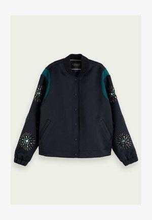 Zip-up hoodie - combo v