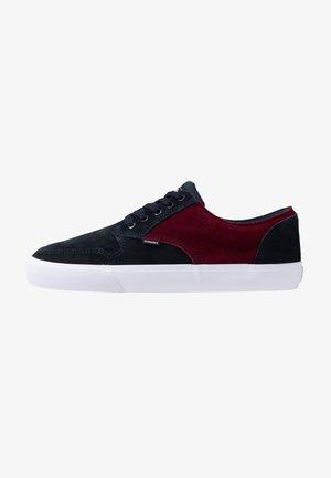 TOPAZ - Skate shoes - navy