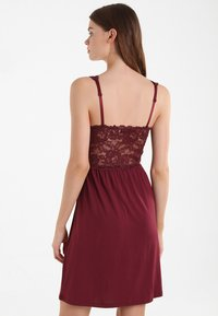 Hunkemöller - Nightie - windsor wine - 2