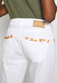 Mos Mosh - SUMNER DECOR PANT - Kalhoty - white - 5