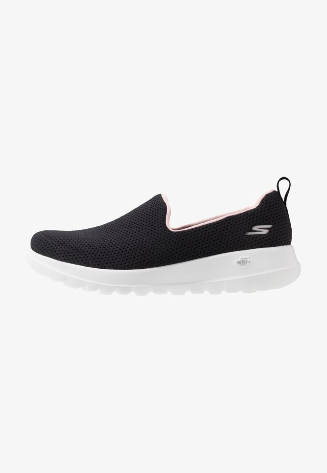 GO WALK JOY - Walking trainers - black/pink