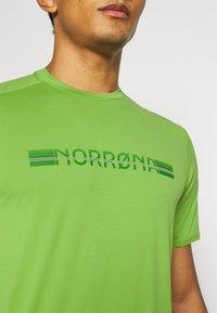 Norrøna - BITIHORN TECH  - T-shirt imprimé - foliage - 4