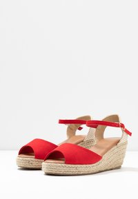New Look - PAT - Sandály na platformě - bright red - 4