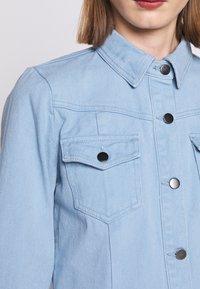 Bruuns Bazaar - VESTIE ZADENA DRESS - Denim dress - blue mist - 6