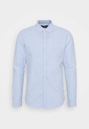 COTTAGE - Košile - hellblau