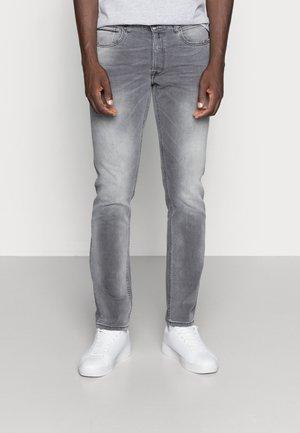 GROVER BIO - Jeans straight leg - grey denim