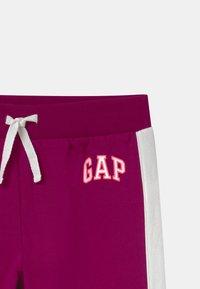 GAP - GIRL LOGO - Teplákové kalhoty - orchid blossom - 2