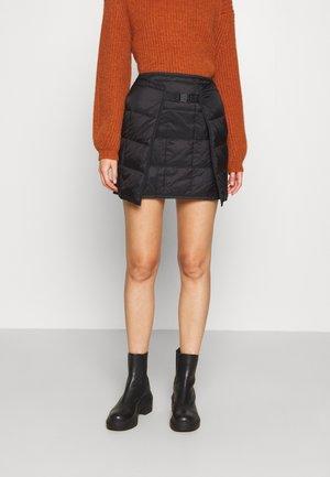 PARMANA - Mini skirts  - black
