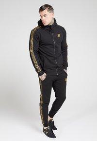 SIKSILK - Zip-up hoodie - black - 1