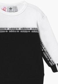 adidas Originals - CREW SET - Chándal - black/white - 4