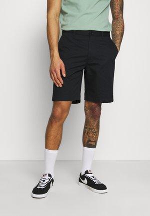 JONATHAN LIGHT - Shorts - black