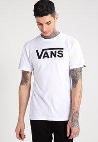Vans - T-shirt con stampa - white/black - 0