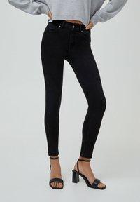 PULL&BEAR - PUSH UP - Jeans Skinny Fit - black - 0