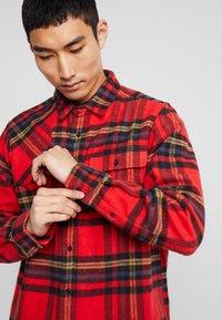 Dickies - PRESTONBURG - Shirt - red - 5