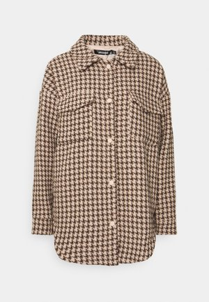 HOUNDSTOOTH SHACKET WITH POCKETS - Light jacket - brown