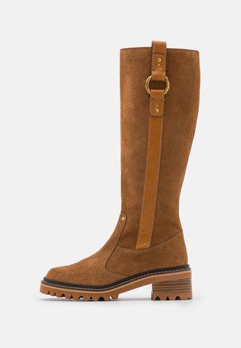 ERINE - Boots - tan