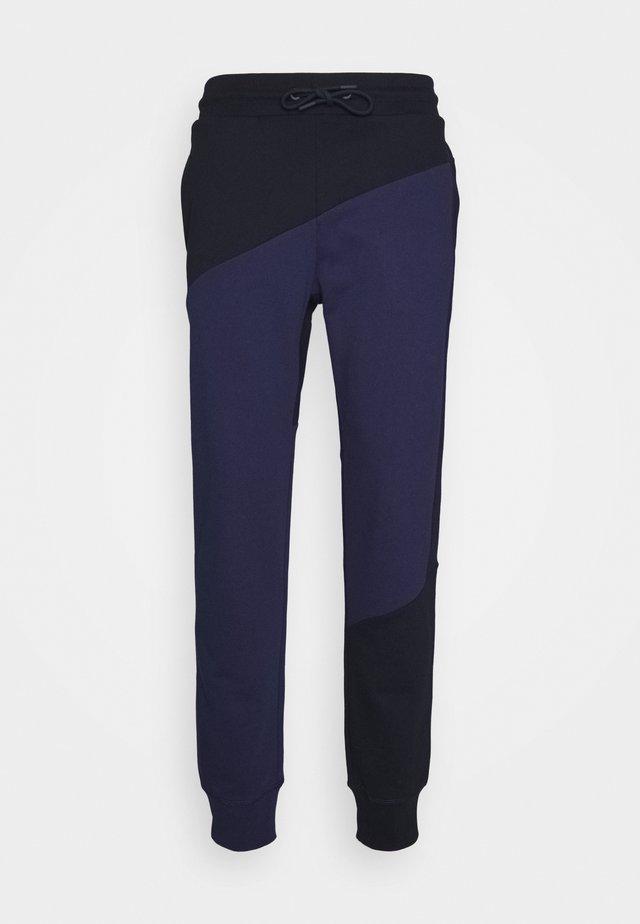 BLOCKED TERRY CUFFED PANT - Pantalon de survêtement - blue