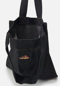 Fiorucci - ICON ANGELS TOTE BAG - Shopper - black - 3