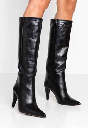 TAYLOR LEG - Bottes à talons hauts - black