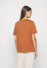 Pieces - Basic T-shirt - mocha bisque - 2