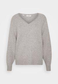 Selected Femme Petite - VNECK - Neule - light grey melange - 0