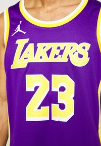 Nike Performance - NBA LA LAKERS LEBRON JAMES SWINGMAN - Article de supporter - field purple - 4