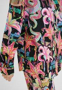 Desigual - DESIGNED BY MARIA ESCOTÉ: - Camisa - black - 5