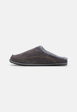 NUBE - Slippers - dark grey