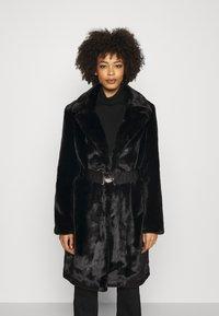 Guess - NEW SHELLY COAT - Classic coat - jet black - 0