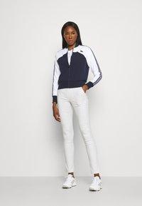 Lacoste Sport - TENNIS - Training jacket - weiß/navy blau - 1
