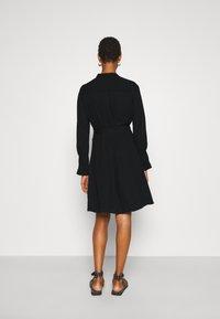 Selected Femme Tall - SLFLIVIA SHORT DRESS NOOS - Kjole - black - 2