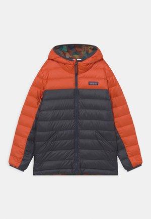 BOYS REVERSIBLE HOODY - Down jacket - metric orange