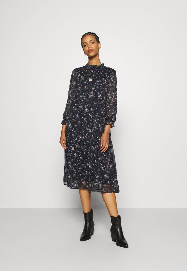 VMSYLVIA CALF DRESS - Day dress - navy blazer