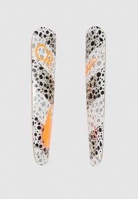 Nike Performance - MERC - Fotbollsbenskydd - white/black/total orange - 3