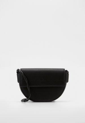 EVY - Across body bag - black