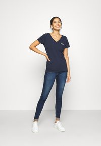 Tommy Jeans - SYLVIA SUPER - Jeansy Skinny Fit - knox dark blue - 1