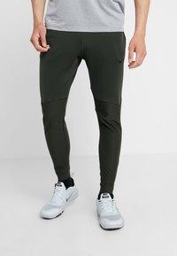 Nike Performance - PANT - Træningsbukser - sequoia - 0