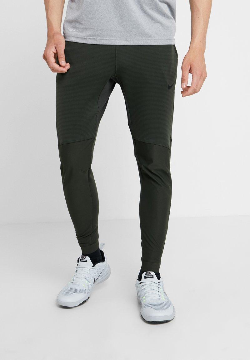 Nike Performance - PANT - Træningsbukser - sequoia