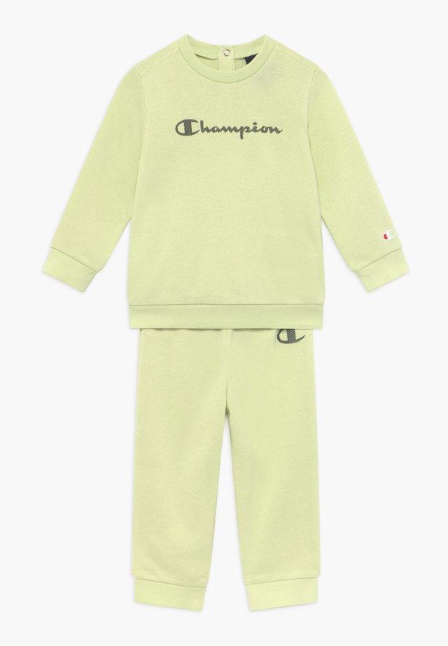 CHAMPION X ZALANDO TODDLER SET - Survêtement - mint