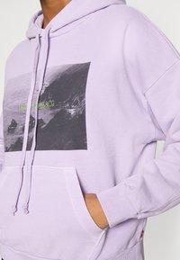 Levi's® - GRAPHIC HOODIE - Sweater - purple - 5